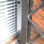 Okenice ocelové s dřevěným obložením