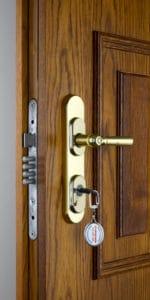 Bezpečnostní kování Komas titan - historické bezpečnostní dveře